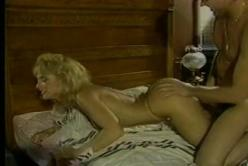 Blonde Schlampen Weib beim Retro Sex